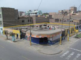 Vendo Terreno 427 m2 Esquina Comercial a 1/2 cdra av Gran Chimú cdra 10 Urb Zárate