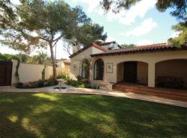Villa de lujo en Punta Prima Orihuela Alicante España